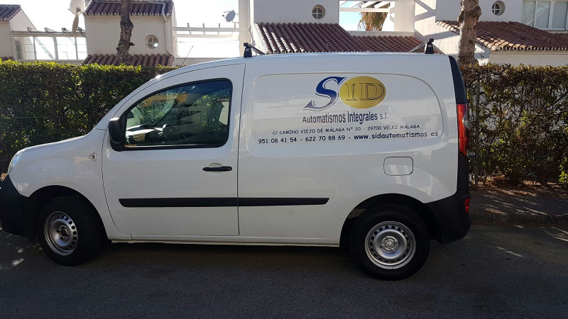 Furgoneta de servicio técnico SID Automatismos Integrales S.L
